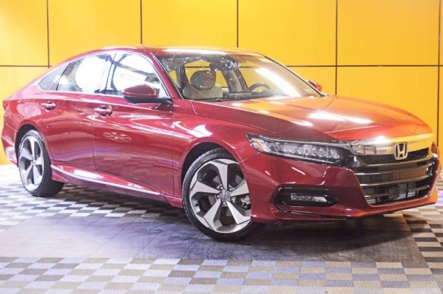 Pre-Owned 2018 Honda Accord Sedan Touring 1.5T